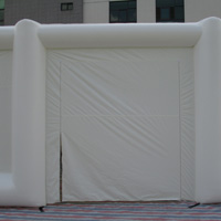 white inflatable tentGN097