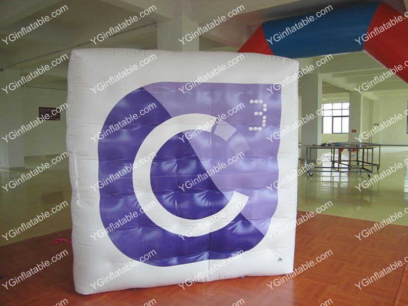 inflatable cubicGC127