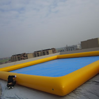 large inflatable swimming poolGP066