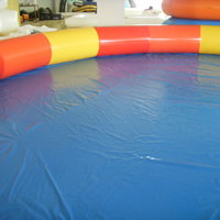 Large round inflatable poolGP069