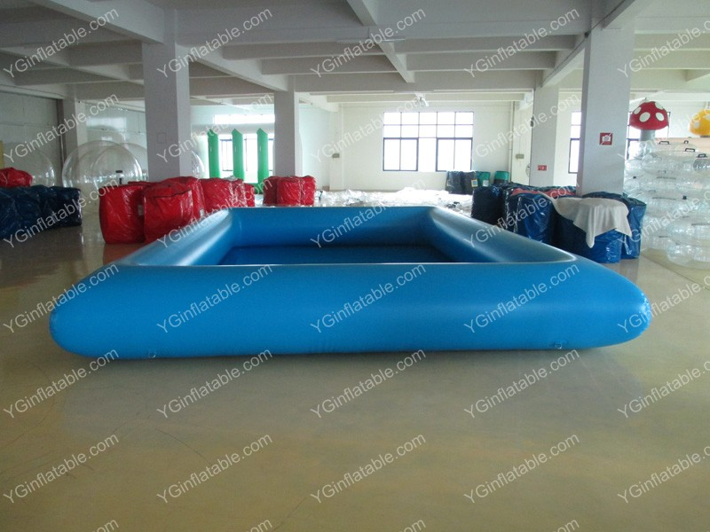 Light blue inflatable poolGP072