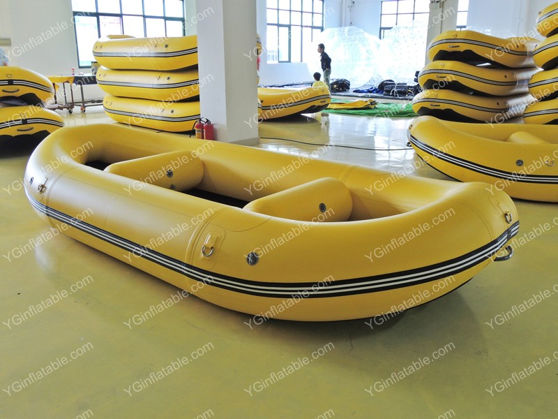 Drifting inflatable boatGT122b