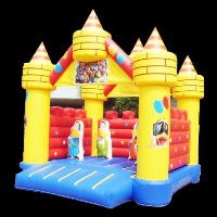 bouncy castlesGB098