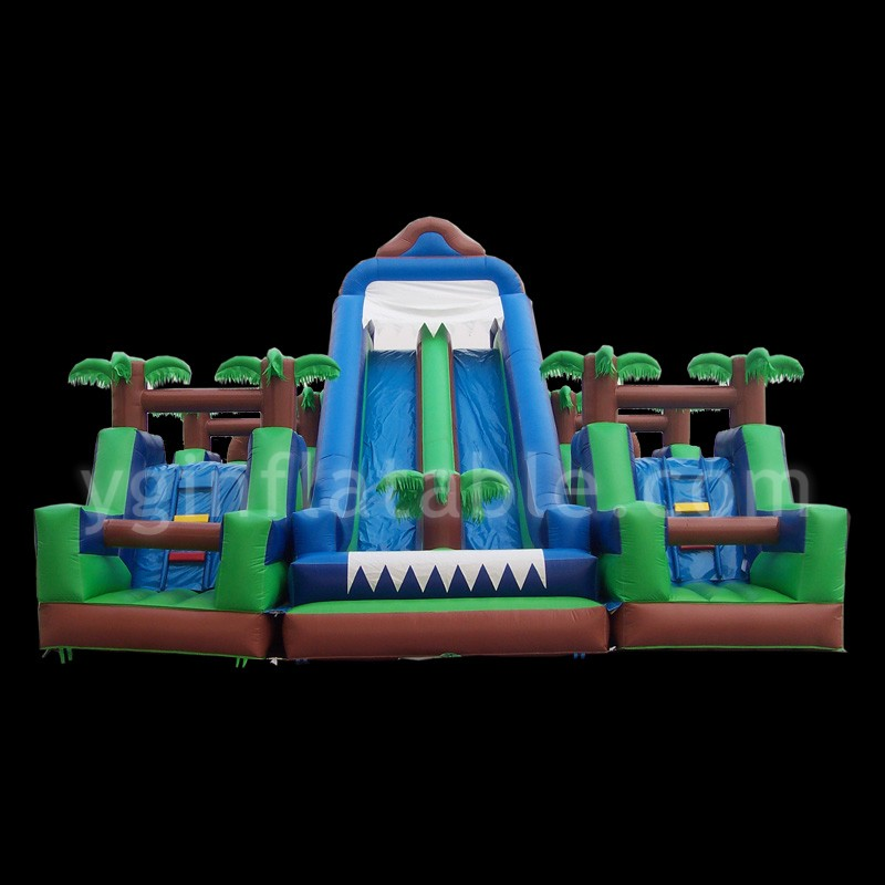 Inflatable funland and slideGI008